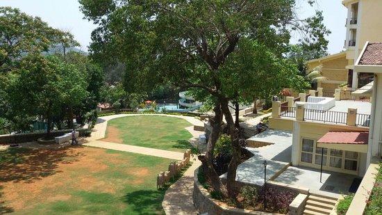 Fariyas Resort Lonavala: View from the balcony