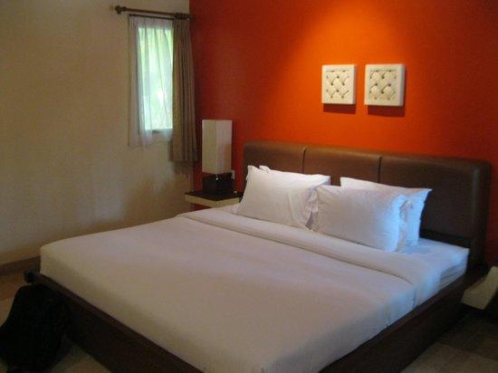 Mutiara Bali Boutique Resort & Villas: bed room