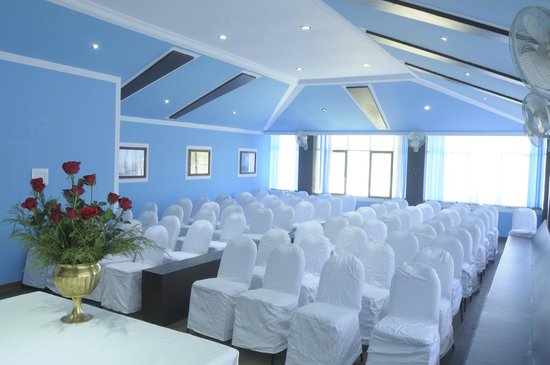 Hillview Munnar: CONFERENCE HALL