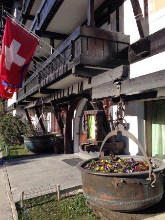 Hotel Alpenhof: Acceso al hotel