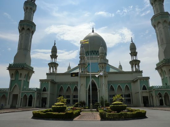 Seria, Brunei Darussalam: MASJID KAMPONG PANDAN