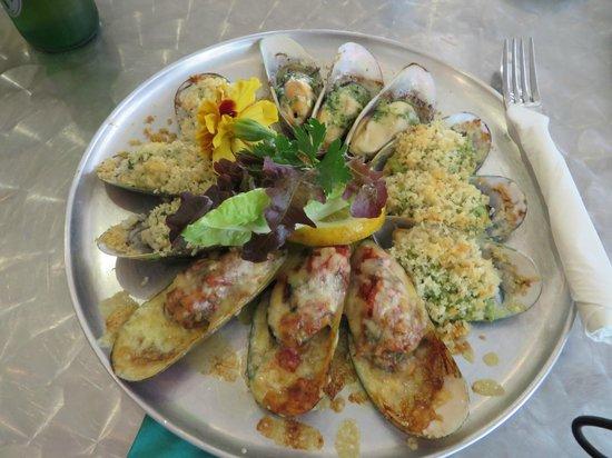 Coromandel Mussell Kitchen: Mussel plate