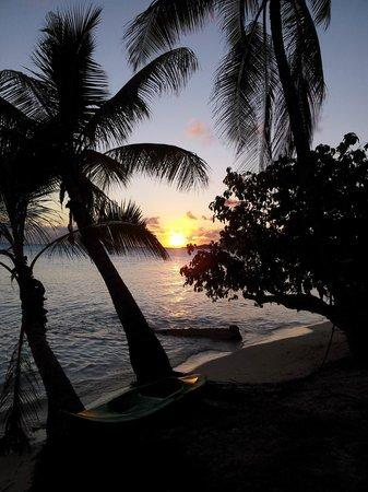 Sonnenuntergang vor Chez Nono