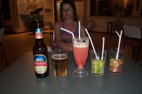 Uroa Bay Beach Resort : bar