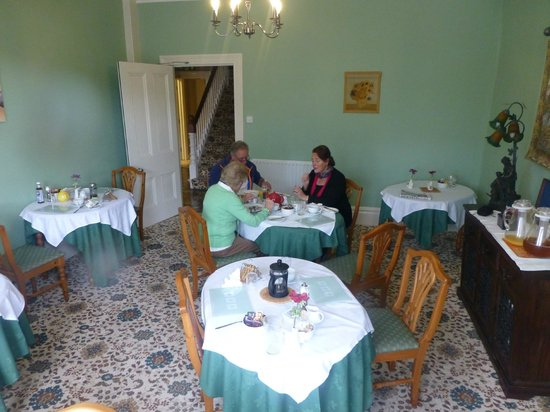 Dorchester Guest House: Delicious breakfast in the 'diningoom'