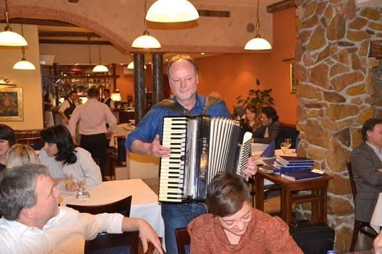 Rosenstein: Akkordeonspieler