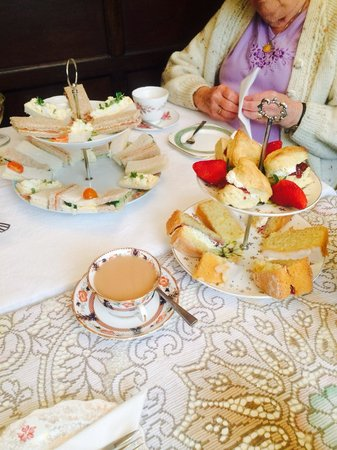 Francis Tea Rooms: Afternoon tea for 3. Yummy!