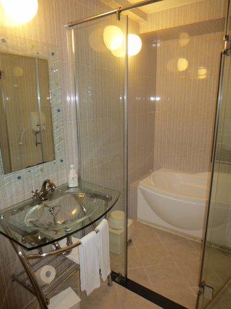 ベストウェスタン沖縄幸喜ビーチ, バスルーム