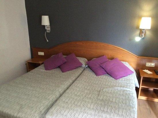 Hotel Cortes: Camera
