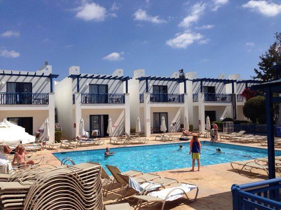 Callisto Holiday Village: Lilla poolen vid 4:a-rumslägenheterna.