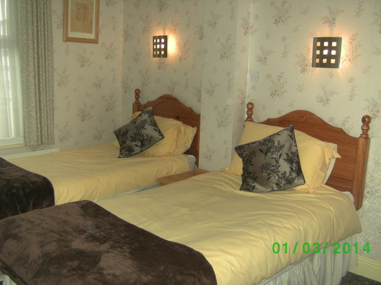 Beam Guest House: Twin Room