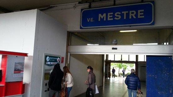 Hotel Ambasciata: Bahnhof Mestre, 5 Minuten Fussweg vom Hotel