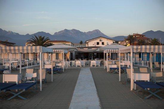 Hotel Franceschi ForteDeiMarmi Italy
