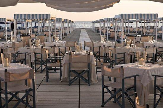 Un angolo di paradiso picture of hotel franceschi forte - Bagno italia forte dei marmi ...