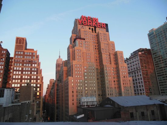TRYP HOTEL NYC - Times Square South by Wyndham : Vu depuis l'une des chambres