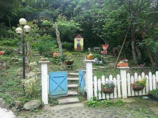 Nanchuang Ganlanshukafei: Entrance area