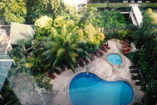 The Tawana Bangkok: Room View. 部屋からの眺め!