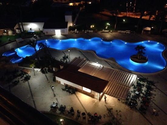 BQ Belvedere Hotel: great night time view