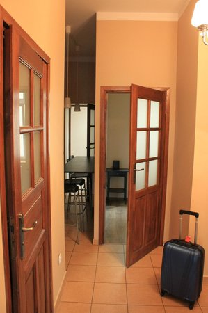 Nobel Suites: Hall