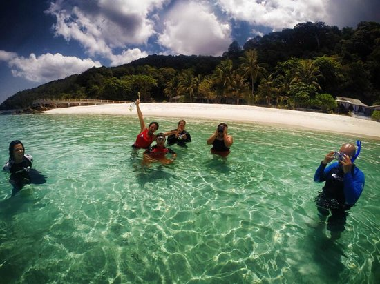 Wisana Village, Redang Island: The awesome waters right at our doorstep