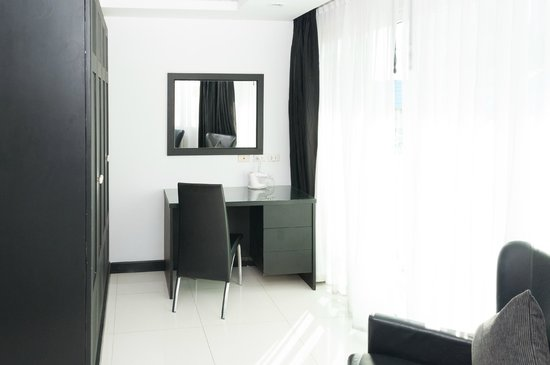 Amari Nova Suites Pattaya: Room 612