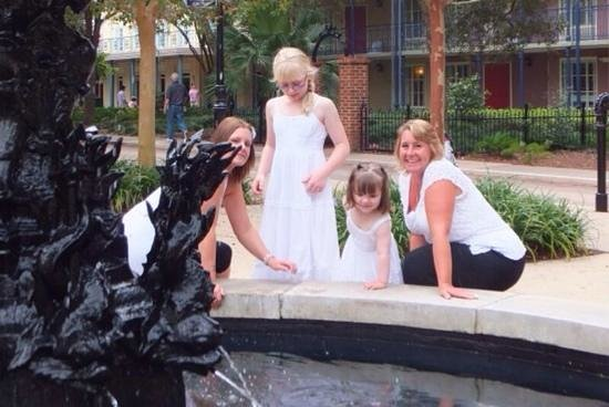 Disney's Port Orleans Resort - French Quarter : on our way to photo shoot at Grand floridian