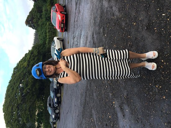 Kauai Backcountry Adventures : headgear for caves