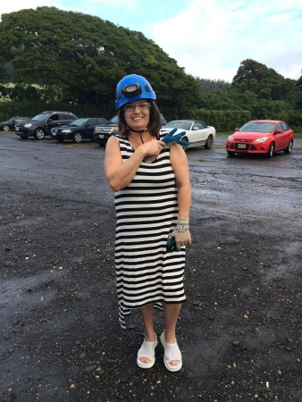 Kauai Backcountry Adventures : headgear for caves