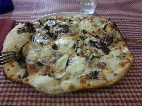 L'Osteria dei La Ginestra: Pizza bianca (bassa croccante, splendida)