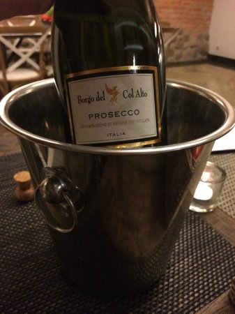 Casablanca: Chilled bottle of Prosecco