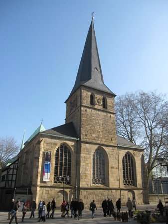 St. Johann Baptist, Altenessen