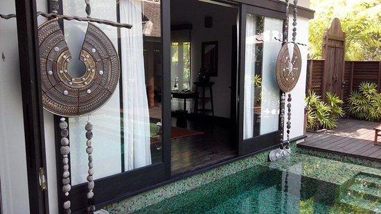 Anantara Mai Khao Phuket Villas: The pool