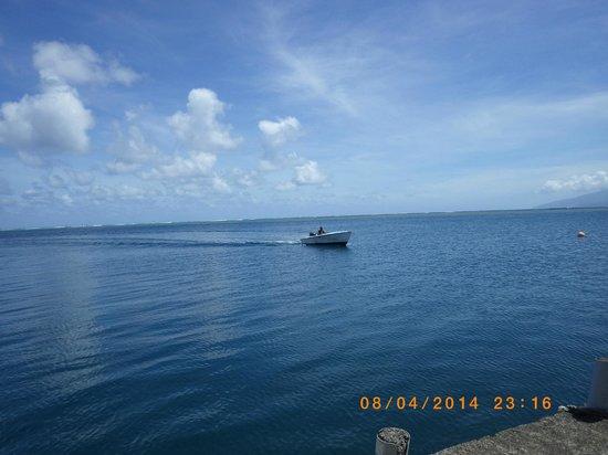 Bonjouir Lodge Paradise Pension: transfert en bateau