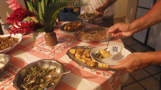 Bonjouir Lodge Paradise Pension: plats au diner