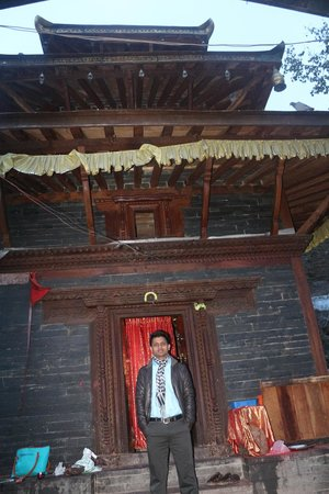 Muktinath Temple (Chumig Gyatsa): Infront of Temple