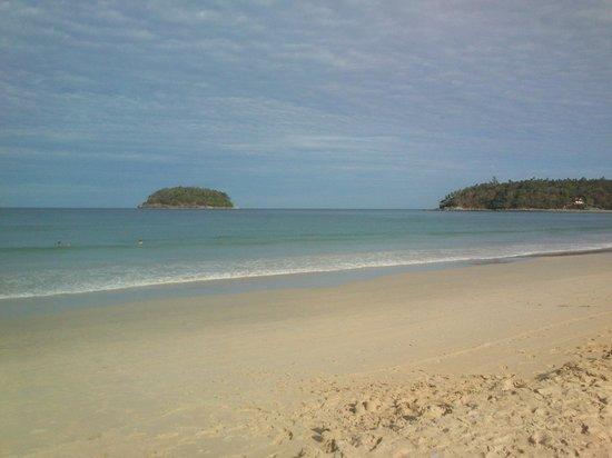 Eazy Resort Kata Beach : Ката утром