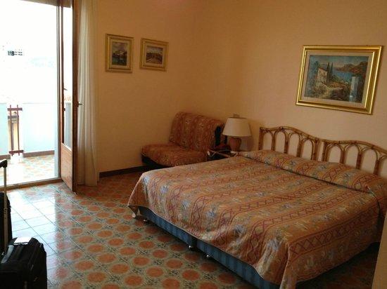 Hotel L'Oasi : room