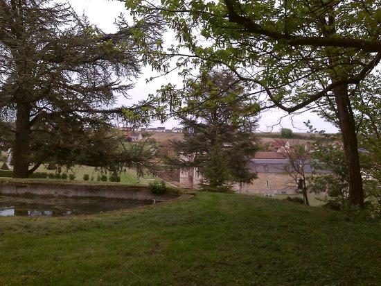 Château d'Etoges : Garden
