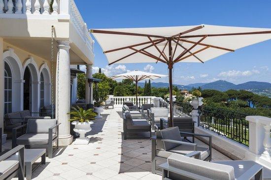 Villa Belrose Hotel : La terrasse du bar de l'hôtel
