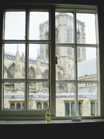 Guy Fawkes Inn: York Minster from the Guy Fwakes Inn