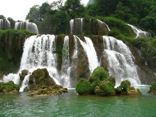 Daxin County, Cina: China side of waterfall
