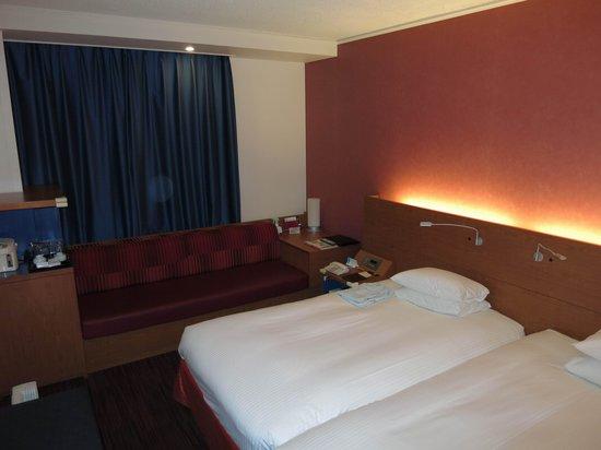 Hotel Nikko Narita: Zimmer