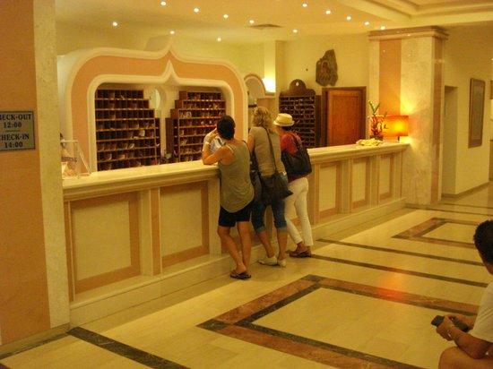Hotel Kalithea Horizon Royal