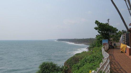 Clafouti: Beach view