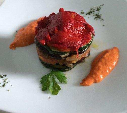 Kin Cafe & Lounge: Milhojas de verdura