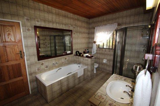 Santa Lucia Guesthouse: salle de bain