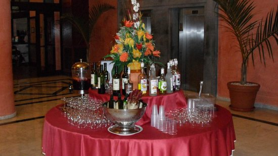 Bahia Principe Costa Adeje : Hotel Bahía Príncipe Costa Adeje .....Bar self service