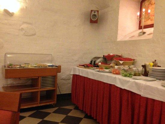 Daugirdas Hotel: Шведский стол на завтраке