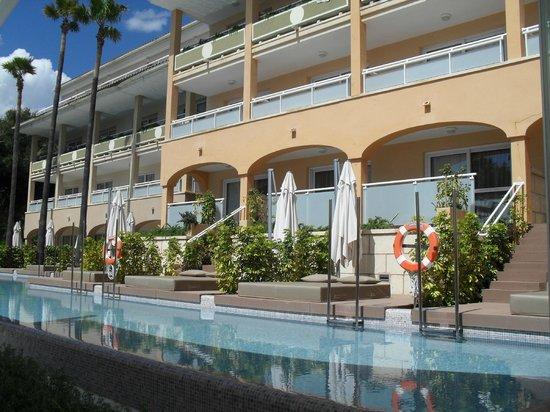 Insotel Cala Mandia Resort & Spa: Swim up suites