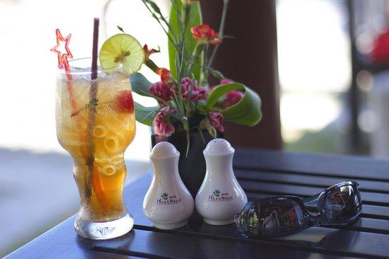 Baan Haad Ngam Boutique Resort & Villas: Happy hour at Baan Haad